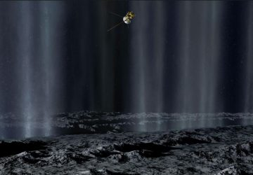 Saturn Moon Deep-Ocean Vents May Harbor Life