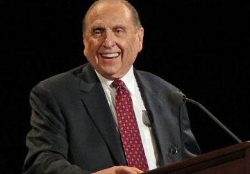 Mormon Church Leader Thomas Monson Dies