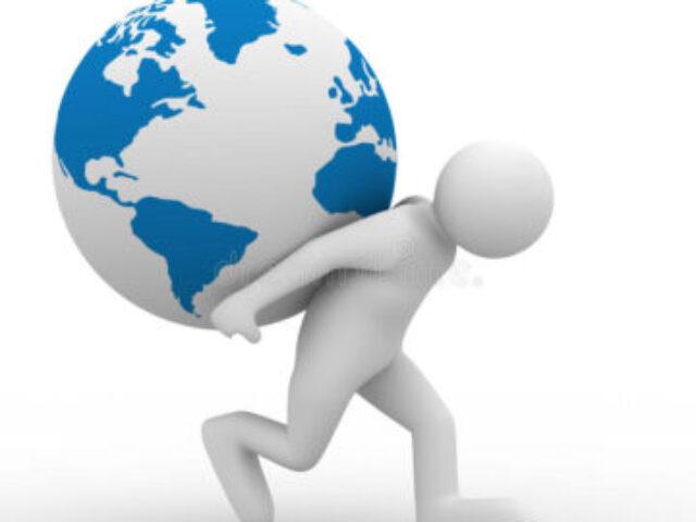 men-carry-globe-back-11876868